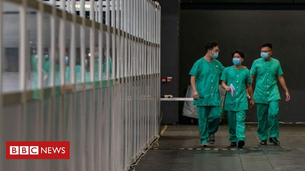 china-sends-first-covid-19-medical-testing-team-to-hong-kong