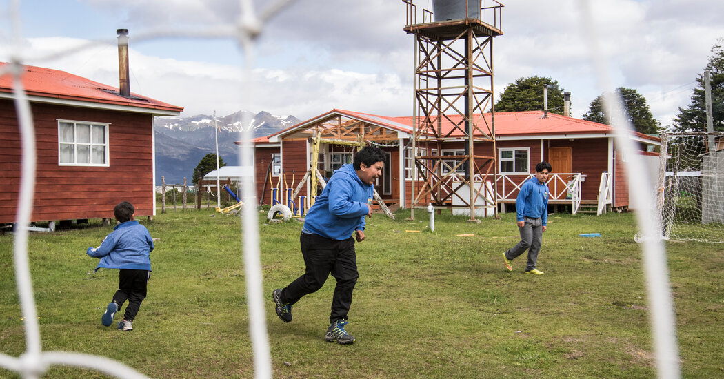 a-visit-to-5-of-patagonia's-most-remote-schoolhouses
