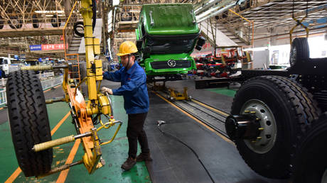 china's-manufacturing-activity-rises-at-fastest-pace-in-nearly-a-decade,-survey-shows