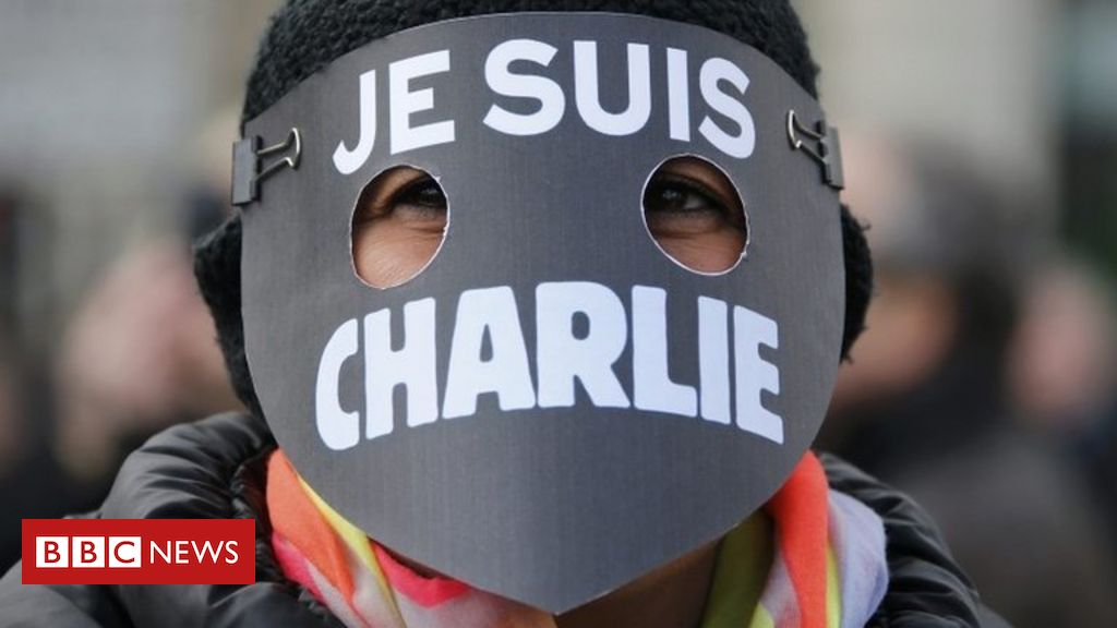 charlie-hebdo:-magazine-republishes-controversial-mohammed-cartoons