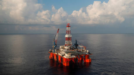 philippines-lifts-ban-on-oil-exploration-in-south-china-sea-opening-door-to-potential-energy-deal-with-beijing