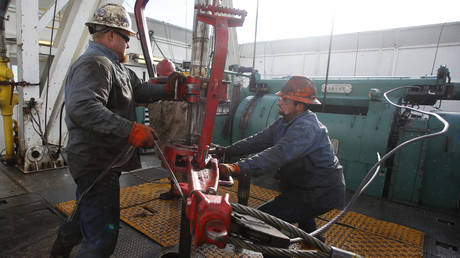 many-lost-us-oil-jobs-may-never-return