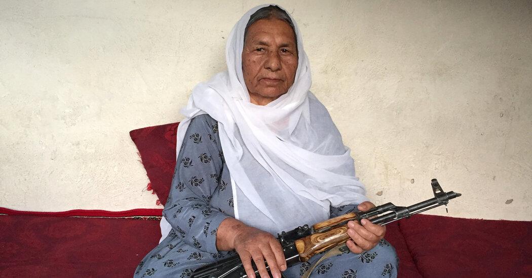 a-storied-female-warlord-surrenders,-taliban-say,-exposing-afghan-weakness