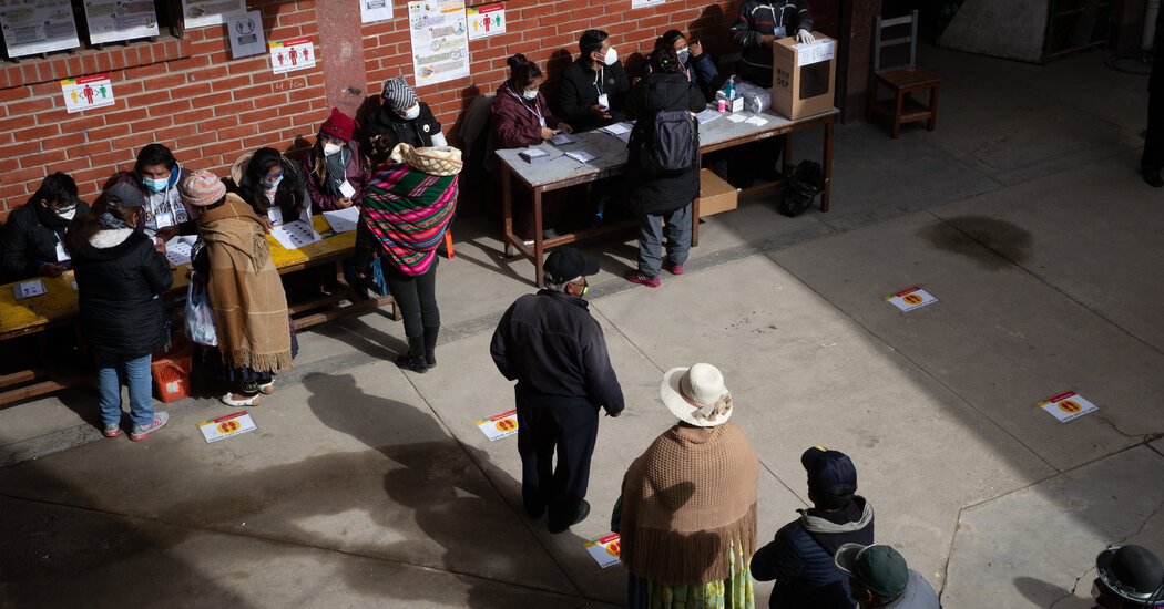 in-election,-bolivia-confronts-the-legacy-of-its-ousted-socialist-leader