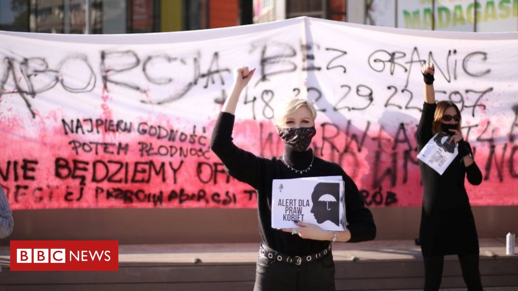 poland-abortion:-top-court-bans-almost-all-terminations