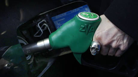 new-petrol-and-diesel-cars-will-be-available-for-purchase-in-uk-for-just-another-10-years-–-reports