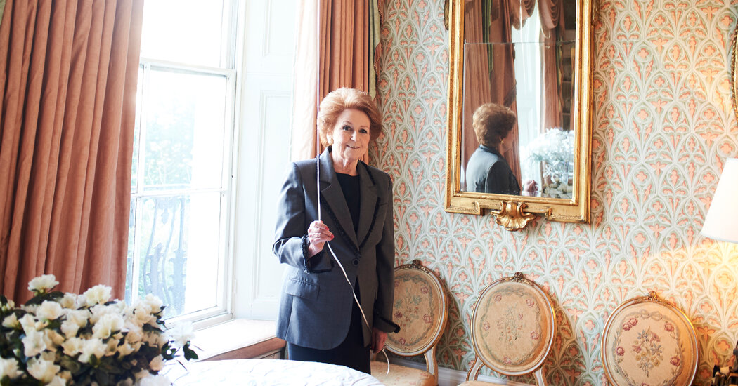 lady-elizabeth-anson,-party-planner-to-the-royals,-dies-at-79