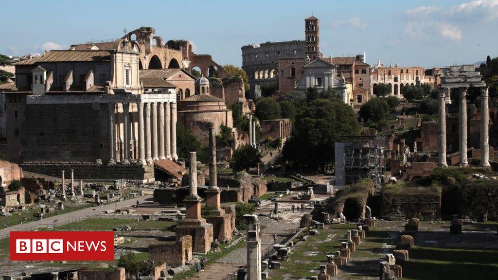 'please-forgive-me!':-us-tourist-returns-block-of-stolen-roman-marble