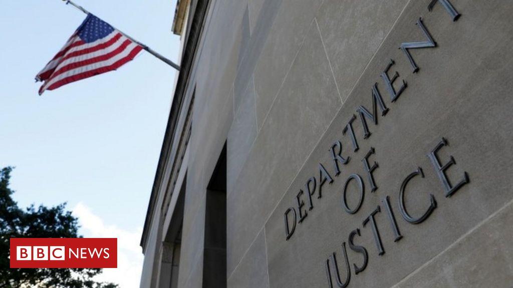 trump-pardons:-us-justice-department-unveils-bribery-inquiry