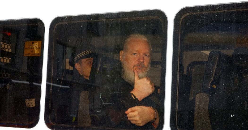 with-trump-presidency-winding-down,-push-for-assange-pardon-ramps-up