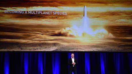 musk's-wealth-keeps-soaring,-but-he-wants-to-ditch-worldly-possessions-to-colonize-mars