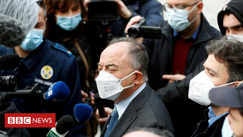 italy-'ndrangheta-group:-biggest-mafia-trial-in-decades-opens
