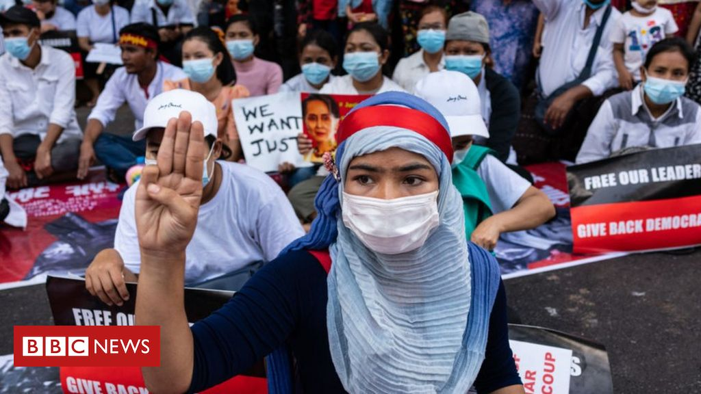 myanmar-coup:-protesters-defy-military-warning-in-mass-strike