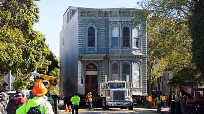 139-year-old-victorian-house-moved-in-san-francisco
