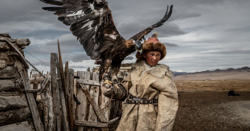 on-horseback-among-the-eagle-hunters-and-herders-of-the-mongolian-altai