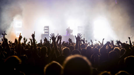 when-will-music-fans-be-able-to-really-rock-out-again,-and-on-what-terms?-rt's-boom-bust-asks-an-expert