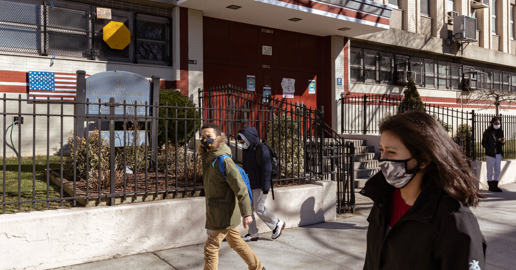 nyc.'s-mayor-says-new-virus-rule-will-reduce-temporary-public-school-closures