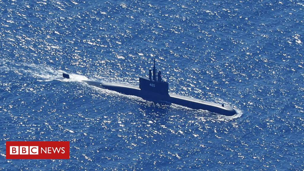 indonesia-submarine-search-enters-critical-phase-as-oxygen-dwindles