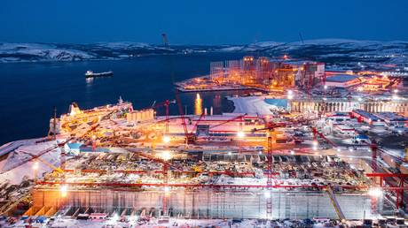 investment-in-russia's-arctic-lng-2-project-to-total-$6-billion-this-year
