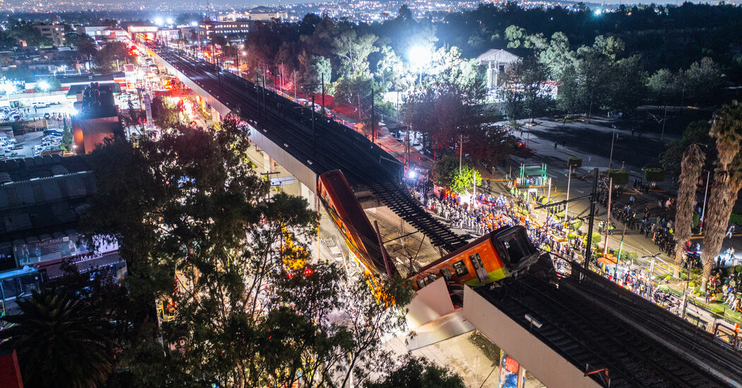 subway-overpass-collapses-in-mexico
