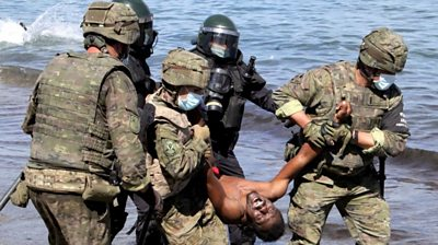 ceuta:-spanish-troops-clear-migrants-from-african-enclave
