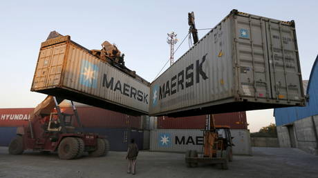 india's-economy-shows-signs-of-recovery-with-huge-jump-in-exports-&-imports