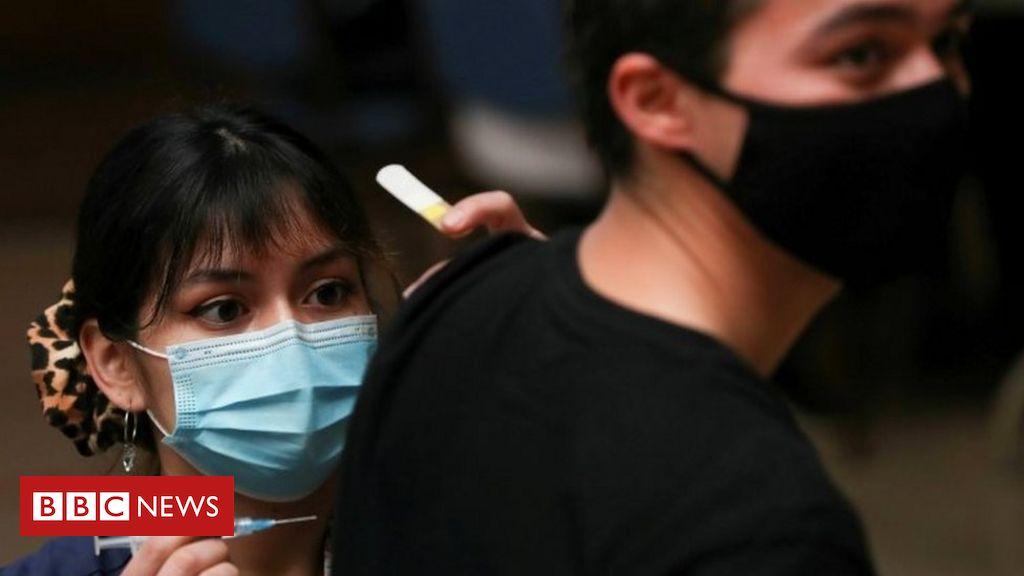 covid-19-pandemic:-chile-capital-locks-down-despite-mass-vaccination