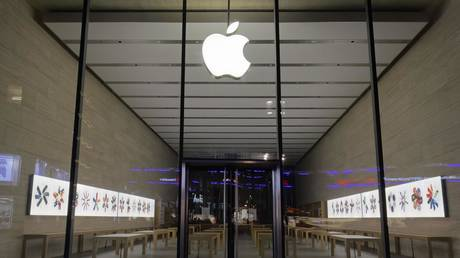 germany's-anti-monopoly-watchdog-opens-probe-against-apple