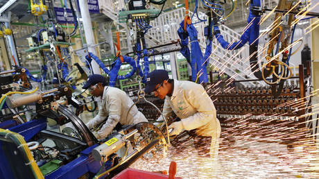 indian-factory-activity-bounces-back-on-surging-domestic-&-foreign-demand