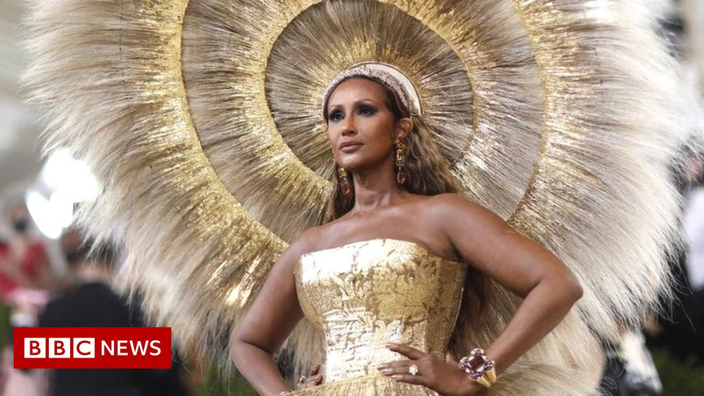 met-gala-2021:-celebrities-show-off-lavish-outfits-in-new-york